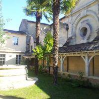 Le cloître au sanctuaire