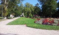 Dans le parc du château de Fongravey